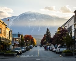 A beautiful Fall day in downtown Revelstoke with a view of the mountains. | Nolan Gale