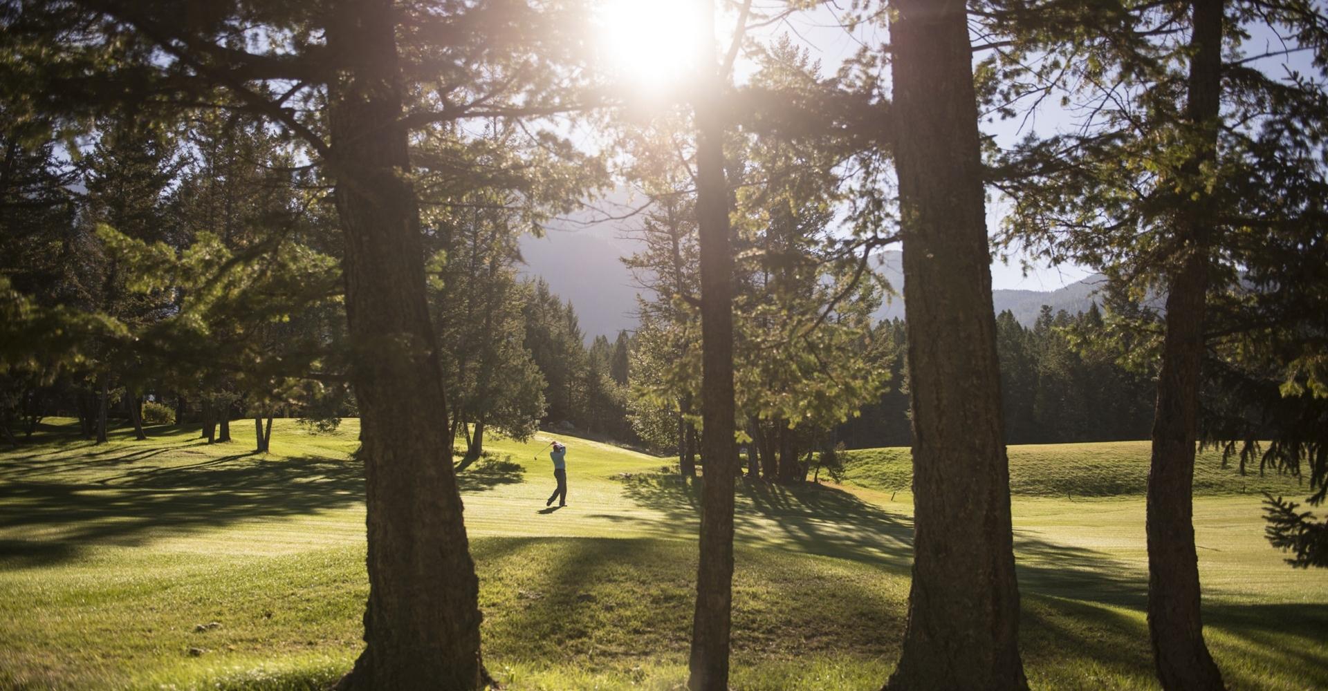 Golfing at Fairmont Hot Springs | Kari Medig