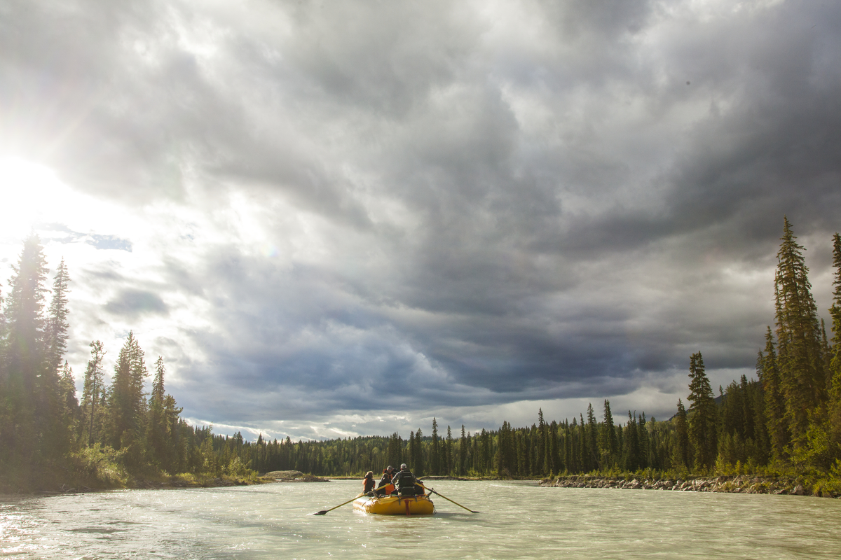 Rafting down Blaeberry River