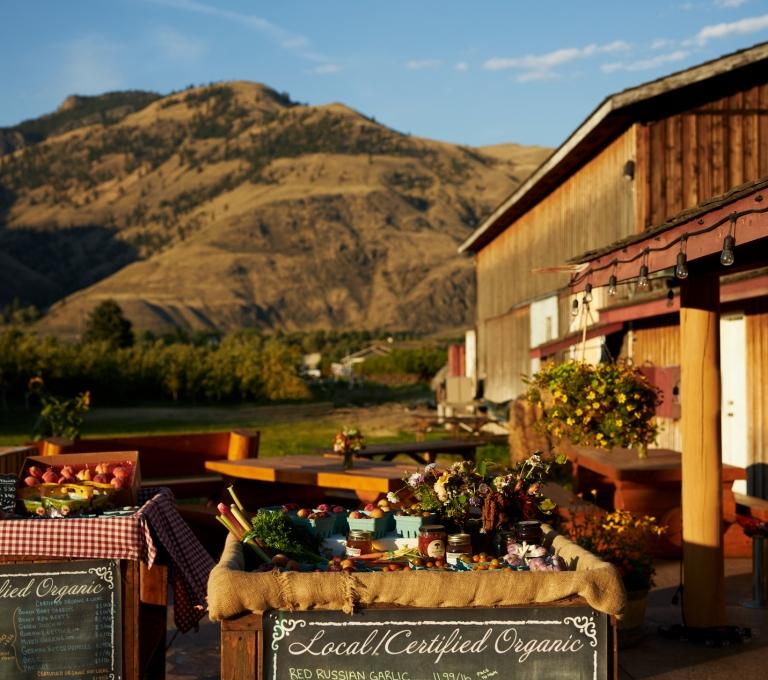Harkers Organic grocery store in the Similkameen Valley | Hubert Kang