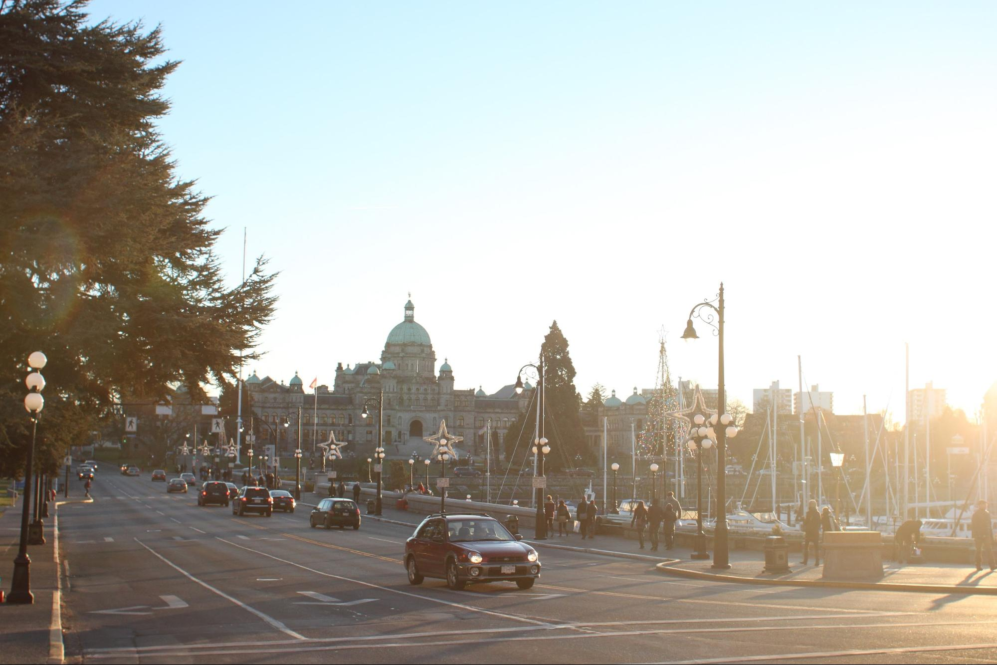 A busy Victoria Street at dusk.
