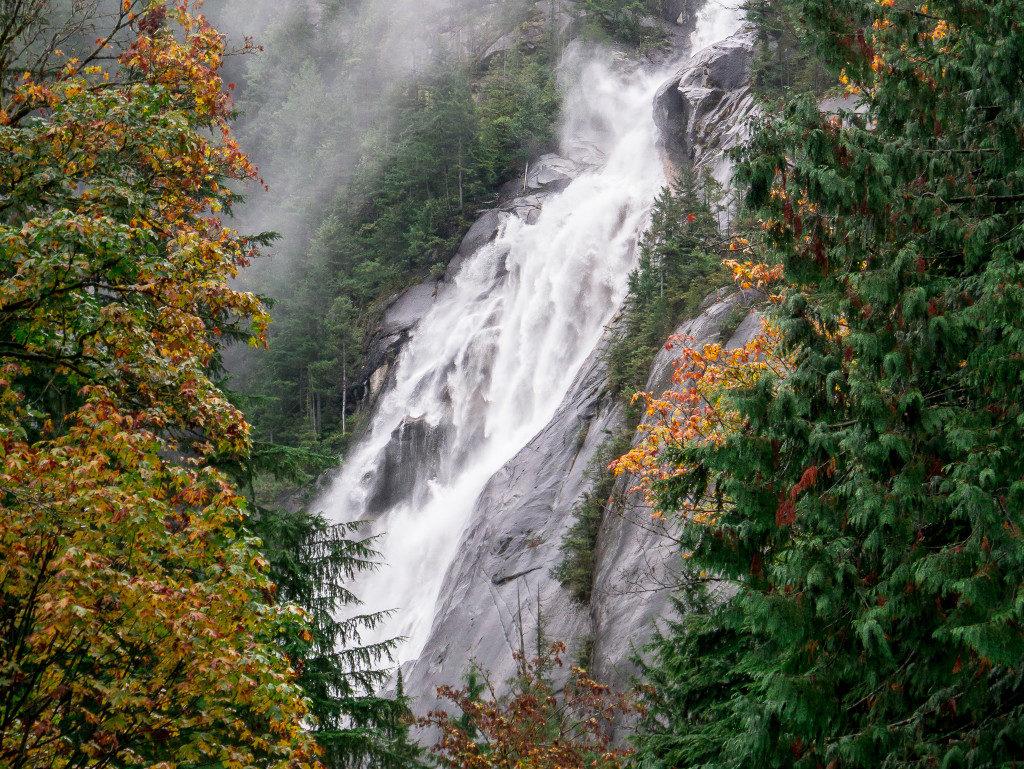 Shannon Falls in the rain