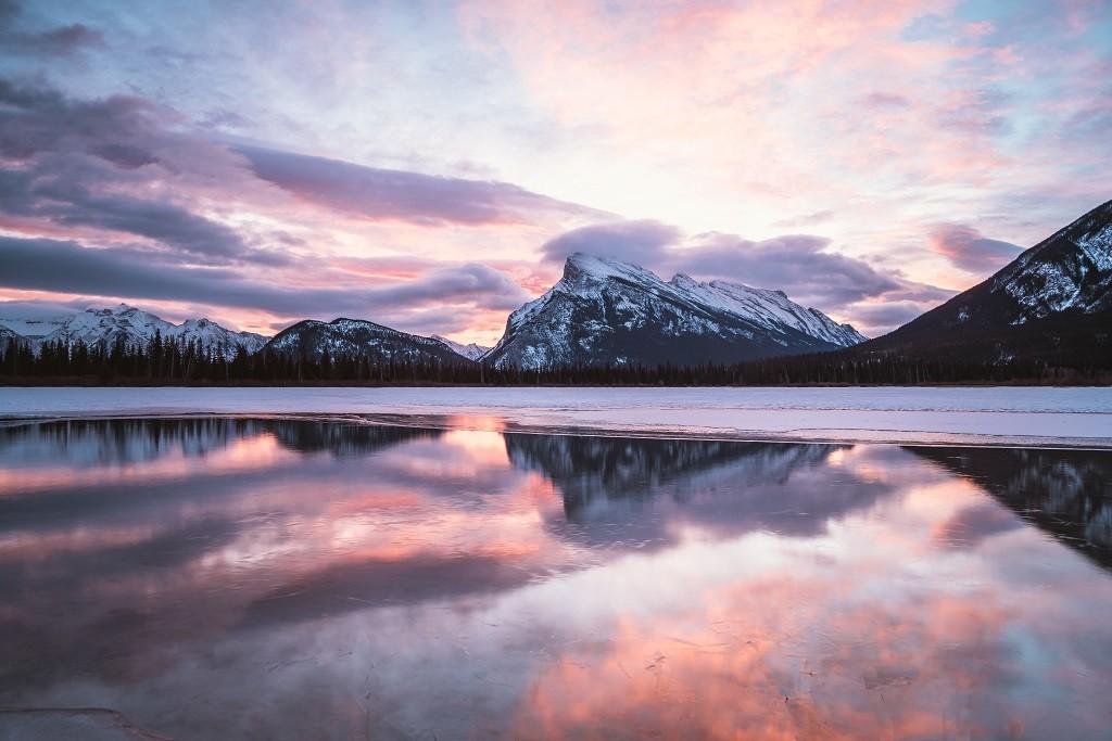 Vermillion Lakes, Banff National Park, Alberta. Photo: @jasoncharleshill