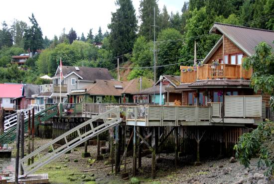 Waterfront houses in Cowichan Bay