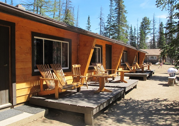 New cabins along Quiniscoe Lake, Cathedral Lakes Lodge