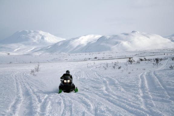 Spring snowmobiling in Tatshenshini-Alsek Provincial Park