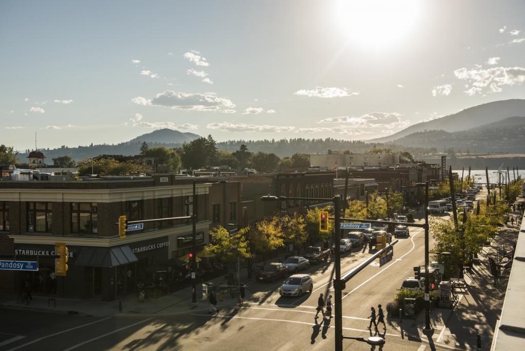 Downtown Kelowna | Kari Medig
